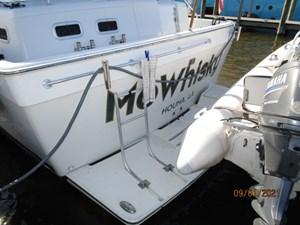 MoWhisky 30 29_2782602_43_mainship_swimplatform