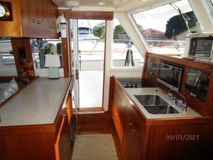 MoWhisky 45 44_2782602_43_mainship_galley2