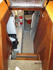MoWhisky 59 58_2782602_43_mainship_engine_room_entrance