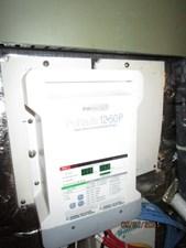 MoWhisky 69 68_2782602_43_mainship_battery_charger