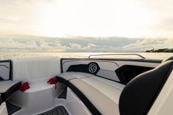 Yamaha Boats 212X 32