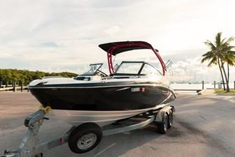 Yamaha Boats 212X 33