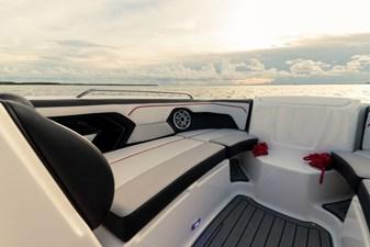 Yamaha Boats 212X 34