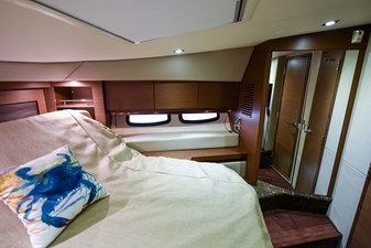 Hy-Yacht  38 DSC_5927