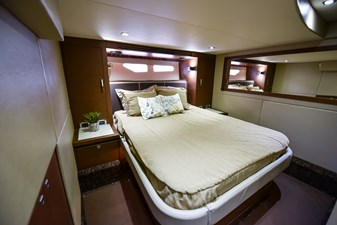 Hy-Yacht  41 DSC_6089