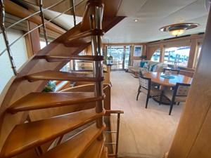 EQUINOX 6 Stairway to Bridge/Skylounge