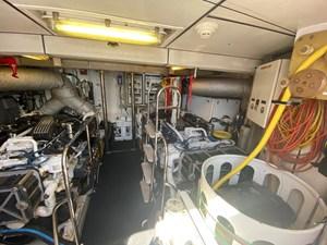 EQUINOX 44 Engine Room