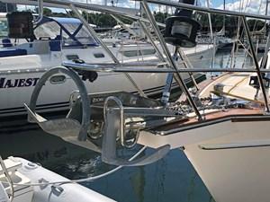 QUERENCIA 37 Anchors