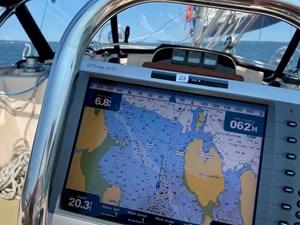 QUERENCIA 33 Navigation
