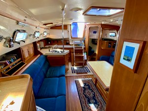 QUERENCIA 2 Salon, Looking Aft