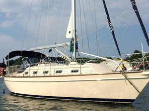 QUERENCIA 47 Std. Side, Looking Aft