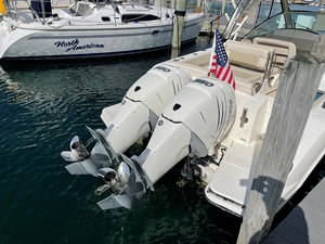 No Name 4 No Name 2019 BOSTON WHALER 320 Vantage Cruising Yacht Yacht MLS #273405 4