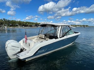 No Name 3 No Name 2019 BOSTON WHALER 320 Vantage Cruising Yacht Yacht MLS #273405 3