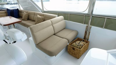 LIFE'S A JOURNEY 18 Fly Bridge Seating