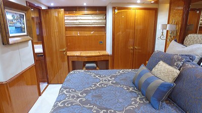 LIFE'S A JOURNEY 44 Master Stateroom