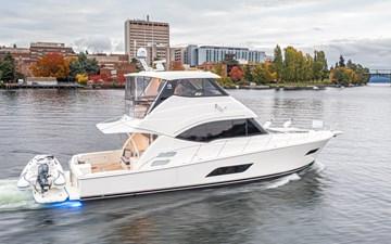 Summer Salt 5 Boat 2 Riviera 10L