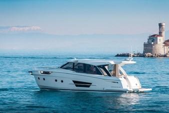 2023 Greenline 45 Coupe 2 2023 Greenline 45 Coupe 2023 GREENLINE 45 Coupe Trawler Yacht Yacht MLS #273444 2