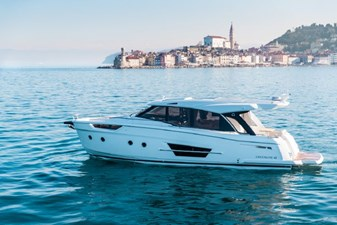2023 Greenline 45 Coupe 4 2023 Greenline 45 Coupe 2023 GREENLINE 45 Coupe Trawler Yacht Yacht MLS #273444 4