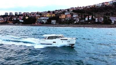2023 Greenline 48 Coupe 1 2023 Greenline 48 Coupe 2023 GREENLINE 48 Coupe Trawler Yacht Yacht MLS #273447 1