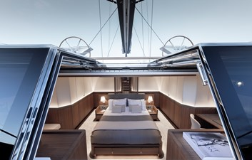 CeFeA 20 Master cabin from the aft companionway-Guillaume Plisson for Solaris-7106