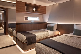 CeFeA 27 Starbord side Guest cabin-twin bed configuration-Guillaume Plisson for Solaris-7376