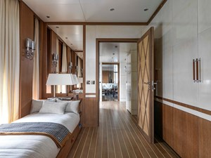 H1 4 H1 2020 SANLORENZO  Motor Yacht Yacht MLS #273472 4