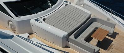 ALADDIN 6 Sunseeker-131-Aladdin-Forward-Seating