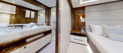 ALADDIN 77 Sunseeker-131-Aladdin-Starboard-VIP-Cabin-3