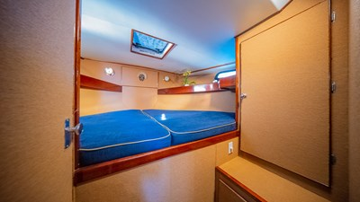 SCOUT 8 Master Stateroom