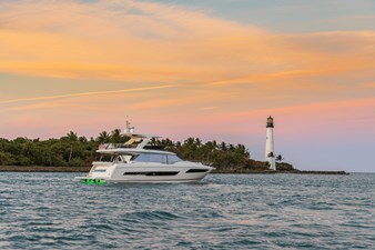 2021 Prestige Yachts 690 Flybridge 4 2021 Prestige Yachts 690 Flybridge 2021 PRESTIGE 690 Flybridge Motor Yacht Yacht MLS #273486 4