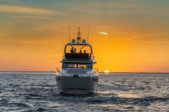 2021 Prestige Yachts 690 Flybridge 5 2021 Prestige Yachts 690 Flybridge 2021 PRESTIGE 690 Flybridge Motor Yacht Yacht MLS #273486 5