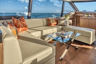 2021 Prestige Yachts 690 Flybridge 12