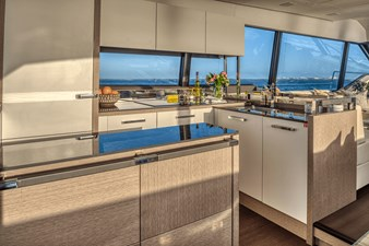 2021 Prestige Yachts 690 Flybridge 14