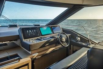 2021 Prestige Yachts 690 Flybridge 15