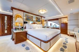 WHITE STAR 9 14 - Owner Cabin