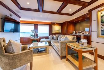 WHITE STAR 13 20b - Owner lounge