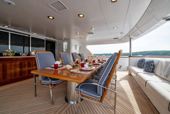 WHITE STAR 25 35a - Outdoor dining day