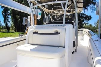 42 NOR TECH 10 Nor-Tech 42 - Bow Seating