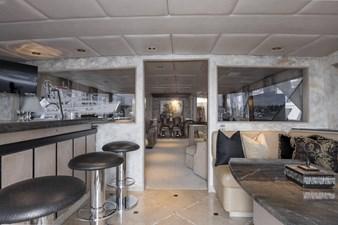 ANDIAMO 29 Aft Lounge
