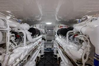 DILLIGAF 31 Engine Room