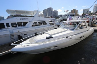 - 0 1_2019 47ft Intrepid 475 Sport Yacht