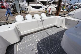 - 13 14_2019 47ft Intrepid 475 Sport Yacht