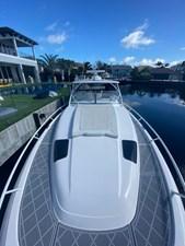 - 17 18_2019 47ft Intrepid 475 Sport Yacht
