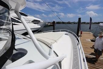 - 20 21_2019 47ft Intrepid 475 Sport Yacht