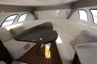 - 37 38_2019 47ft Intrepid 475 Sport Yacht