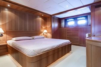TEX 7 TEX 2002 ROSSI NAVI  Motor Yacht Yacht MLS #273610 7