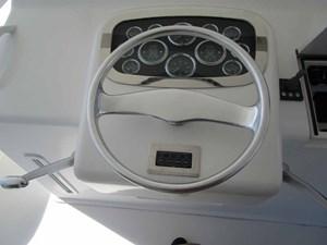 EQUITY VIII 45 Helm Controls