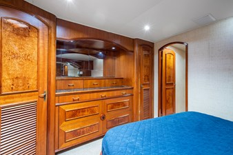 Past Time  16 Master Stateroom