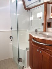 Rowe Boat 18 Master Shower - Private Entrance from Master Stateroom