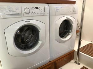 Rowe Boat 27 Splendide Washer and Dryer
